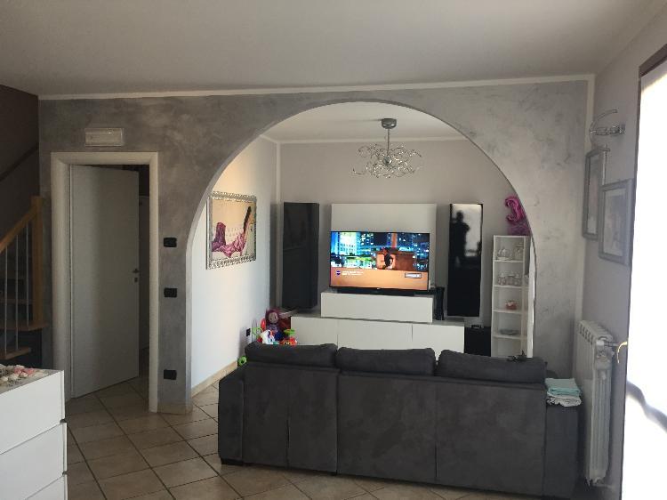 Appartamento STAGNO LOMBARDO €109.000,00