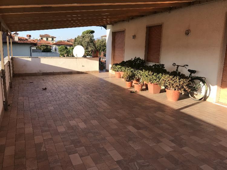 Appartamento Forte Dei Marmi TRATT. RISERVATA