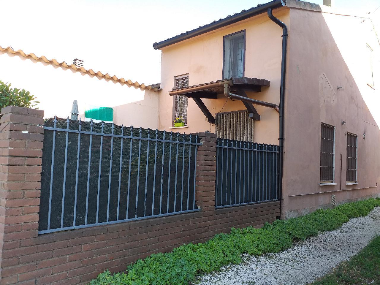 Casa fuori città GRONTARDO Euro 40.000,00