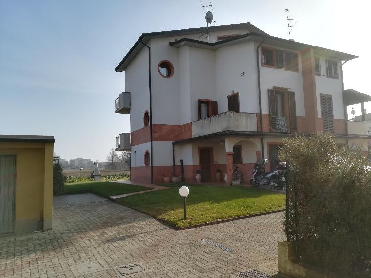 Villa indipendente CREMONA Euro 278.000,00