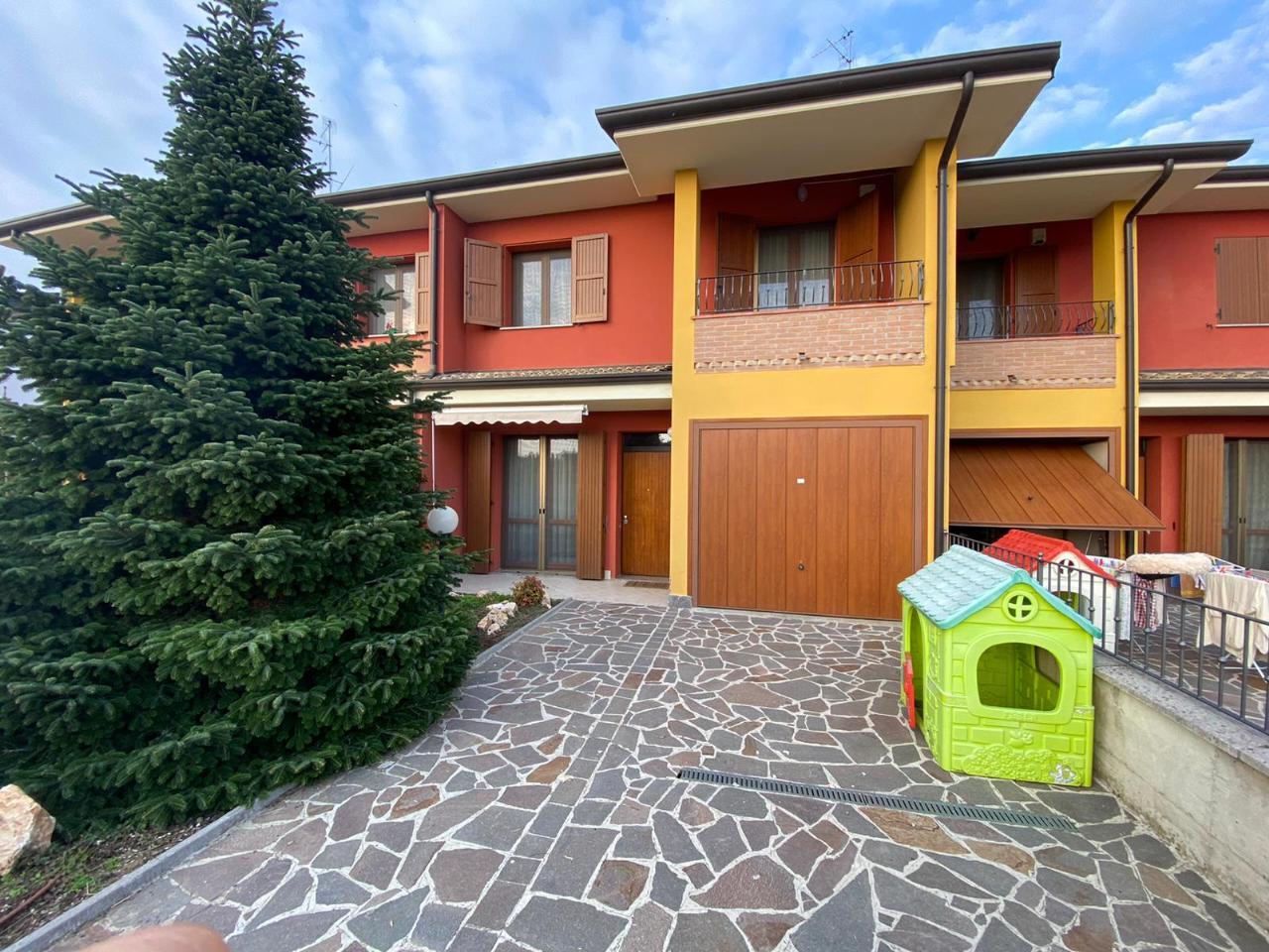 Villa a schiera CASTELVERDE Euro 185.000,00