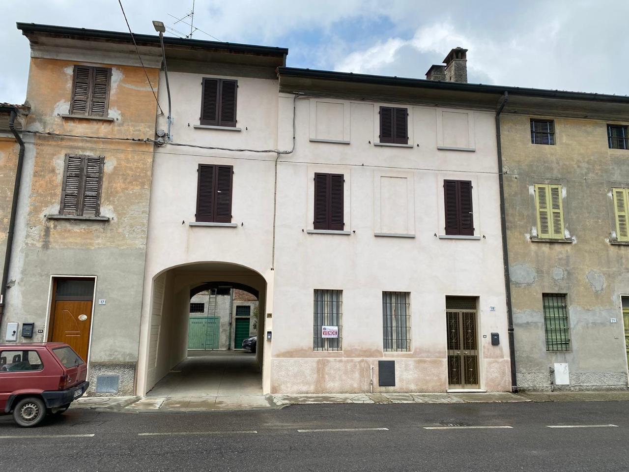 Casa fuori città STAGNO LOMBARDO €35.000,00
