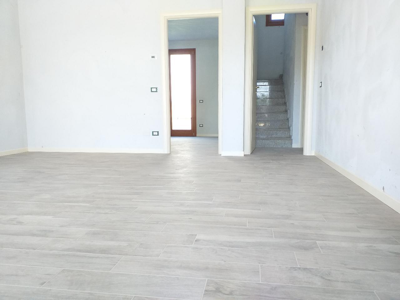 Villa indipendente PIEVE D'OLMI €255.000,00