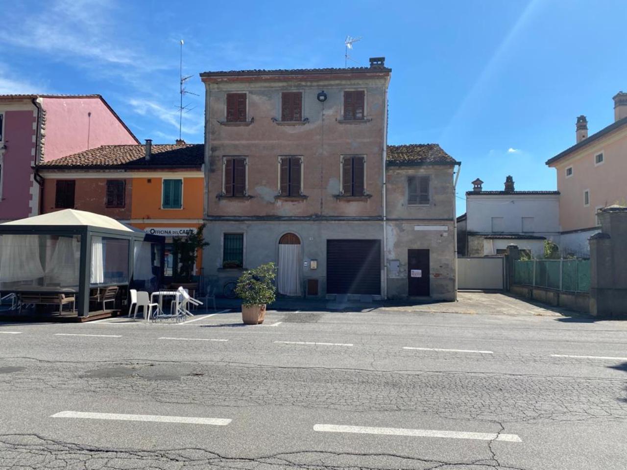 Casa fuori città STAGNO LOMBARDO €105.000,00