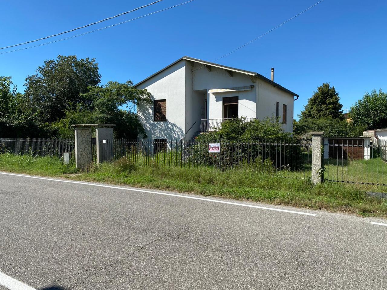 Villa indipendente STAGNO LOMBARDO Euro 75.000,00