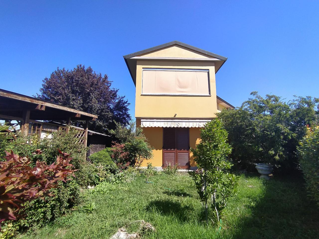 Villa a schiera PERSICO DOSIMO Euro 192.000,00