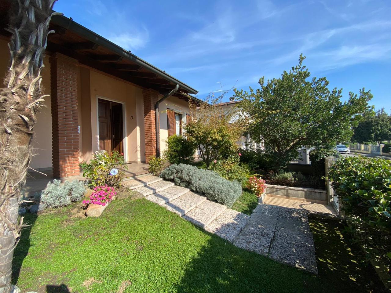 Villa indipendente SESTO ED UNITI Euro 370.000,00