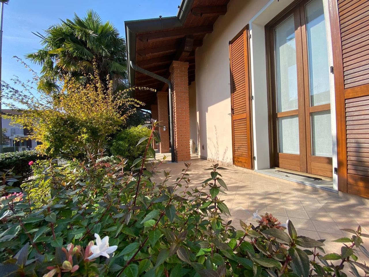 Villa indipendente SESTO ED UNITI €370.000,00