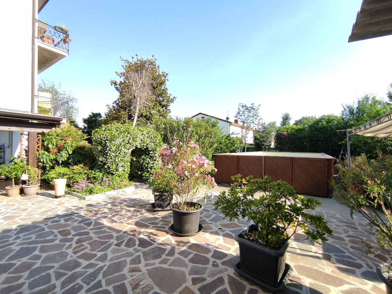 Villa indipendente CREMONA Euro 210.000,00