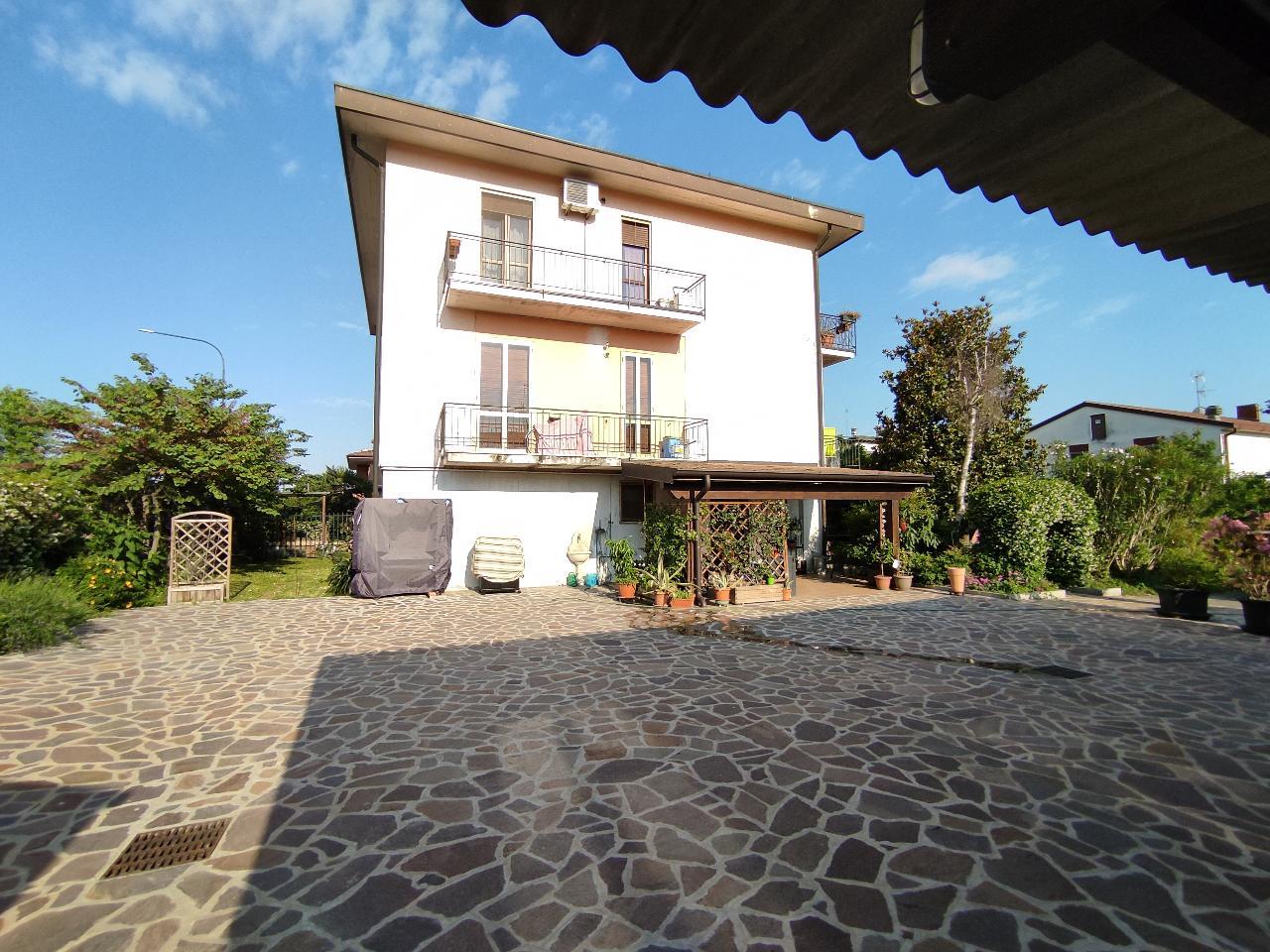 Villa indipendente CREMONA €210.000,00