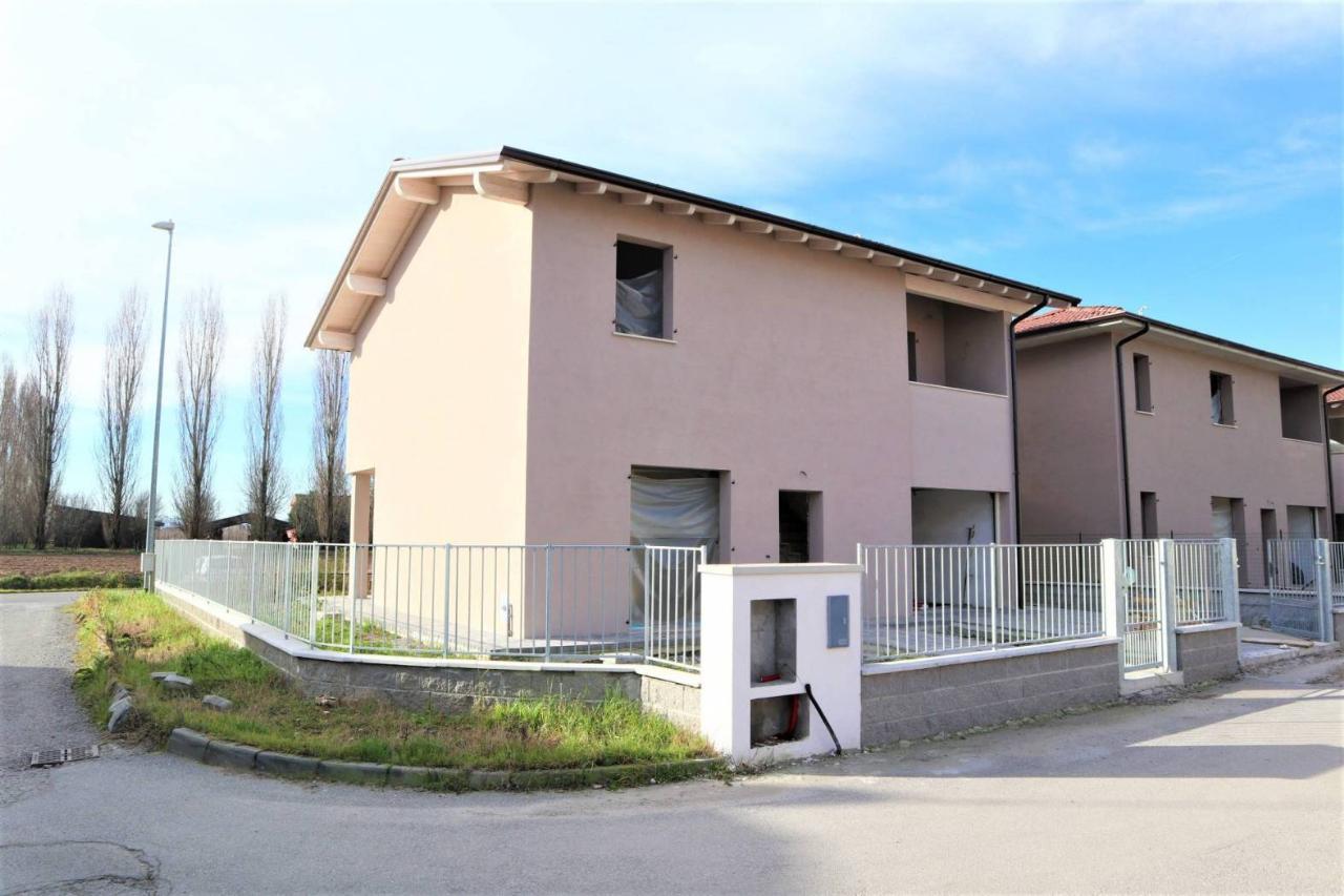 Villa indipendente SESTO ED UNITI Euro 245.000,00