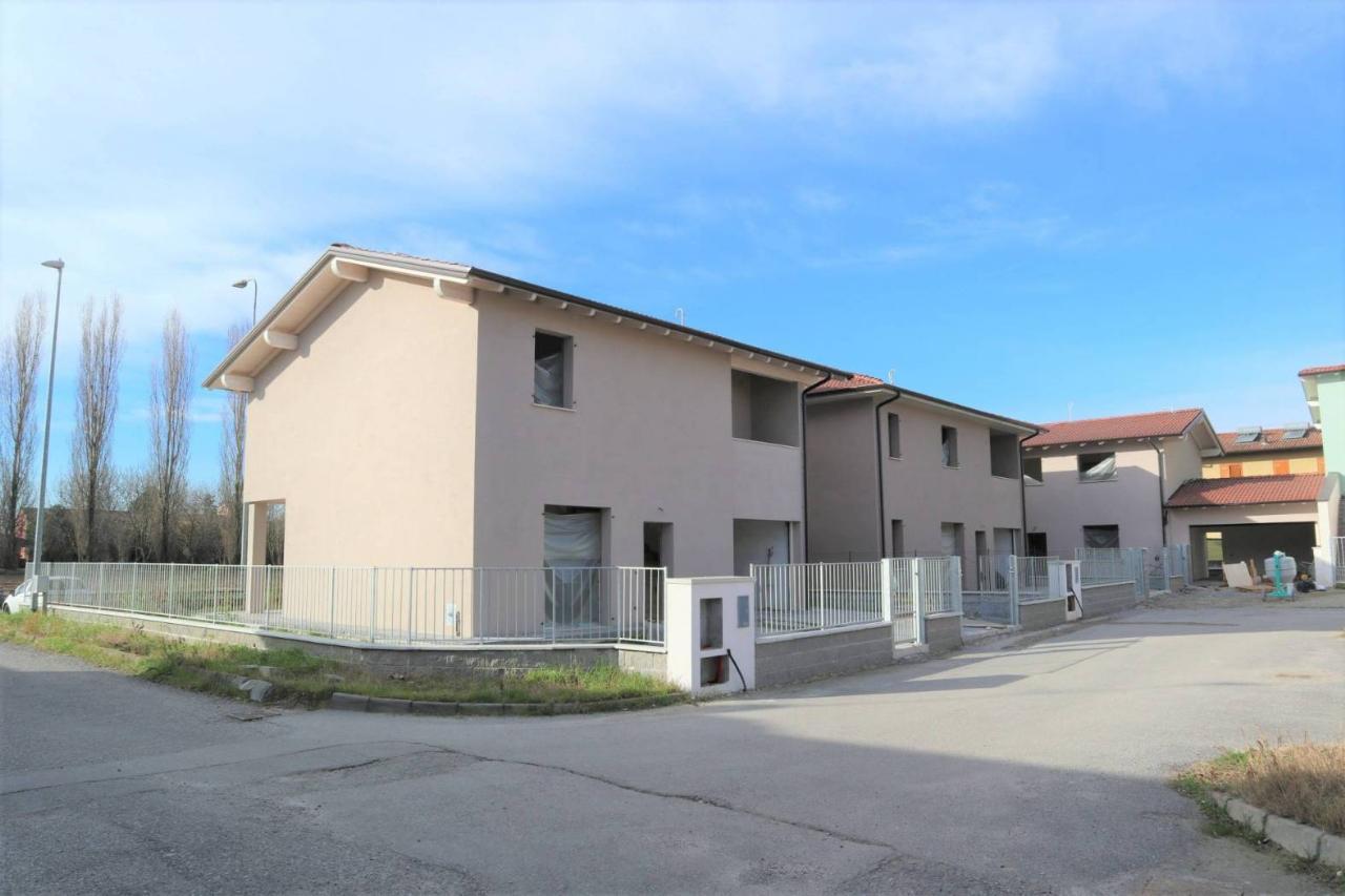 Villa indipendente SESTO ED UNITI €245.000,00