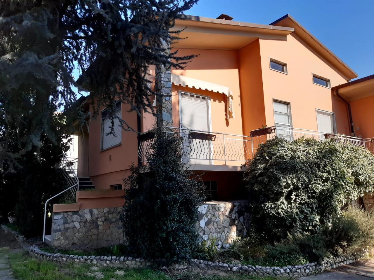 Villa indipendente TORRE DE' PICENARDI Euro 139.000,00
